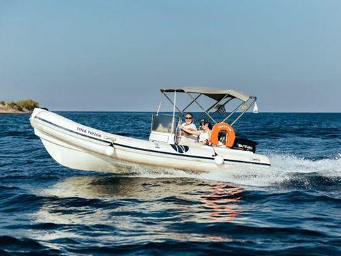 Imbarcazione a motore Ondina . · 2015