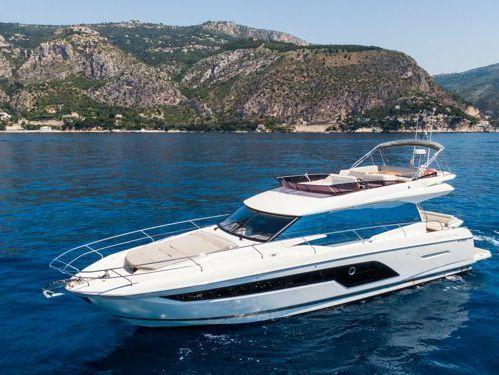 Imbarcazione a motore Prestige 590 Fly · 2020