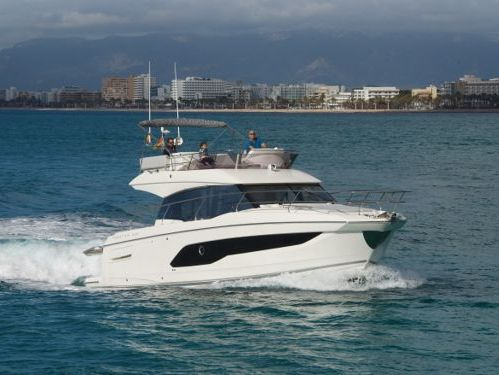 Motorboat Jeanneau Prestige 420 Fly · 2020