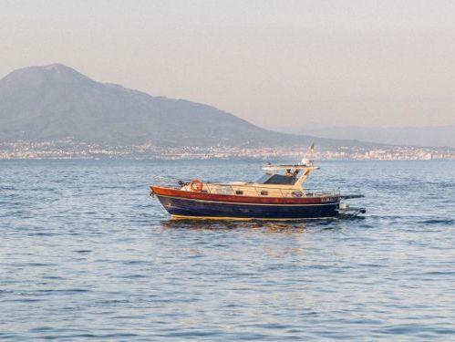 Imbarcazione a motore Itama 38 · 2005