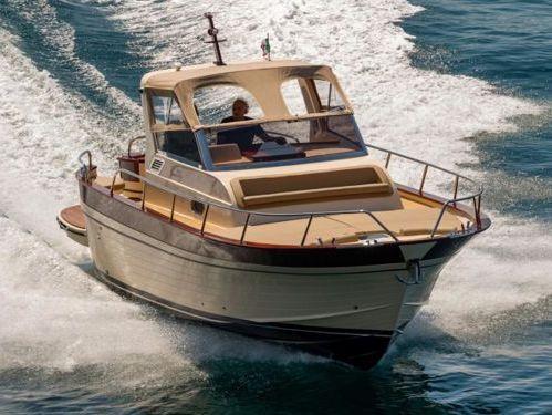 Motorboat Tecnonautica Jeranto 9 · 2007