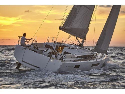 Velero Jeanneau Sun Odyssey 440 · 2021