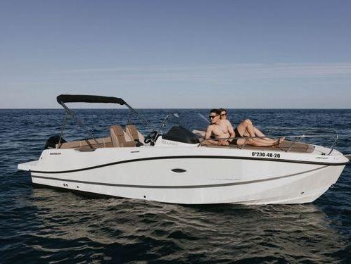 Imbarcazione a motore Quicksilver 755 · 2020
