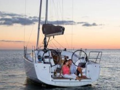 Segelboot Jeanneau Sun Odyssey 349 · 2020