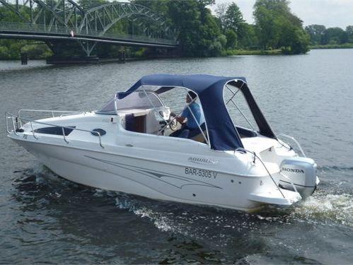 Huisboot Aqualine 690 · 2021