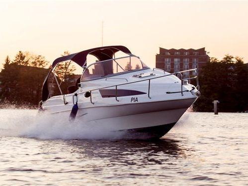 Houseboat Aqualine 690 · 2013