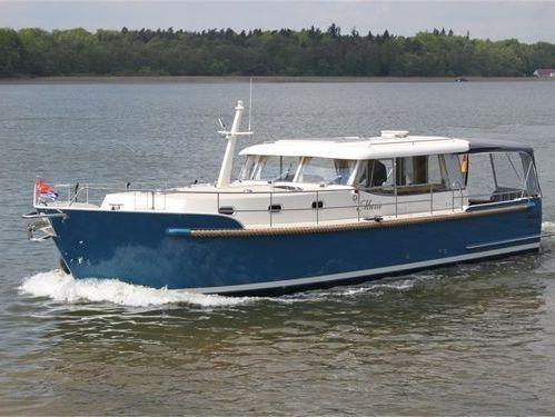 Huisboot Luna 44 · 2017