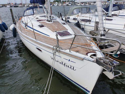 Sailboat Bavaria Cruiser 39 · 2006