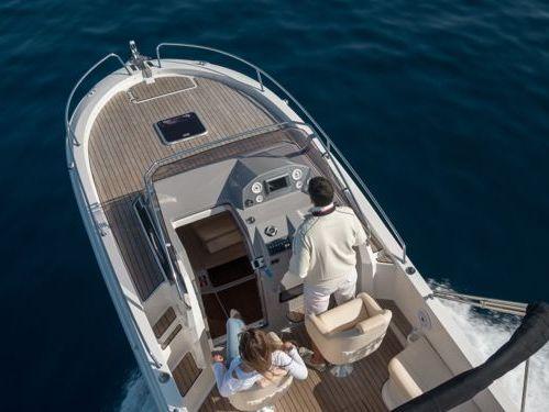 Motoscafo Atlantic Marine 730 Sun Cruiser · 2018