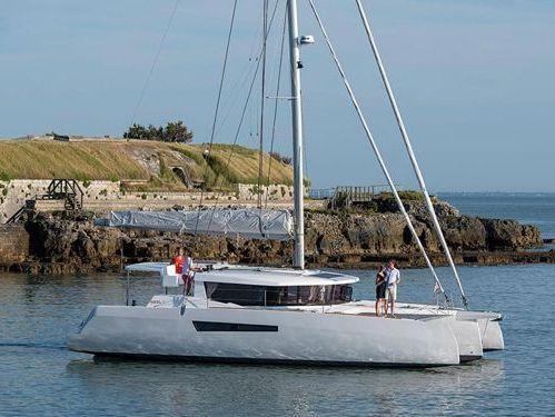 Catamarano Neel 47 · 2021
