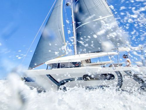 Catamarano Excess 12 · 2021
