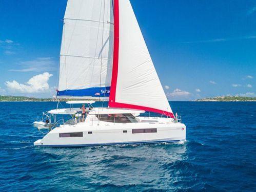 Catamarano Leopard Sunsail 454 · 2022