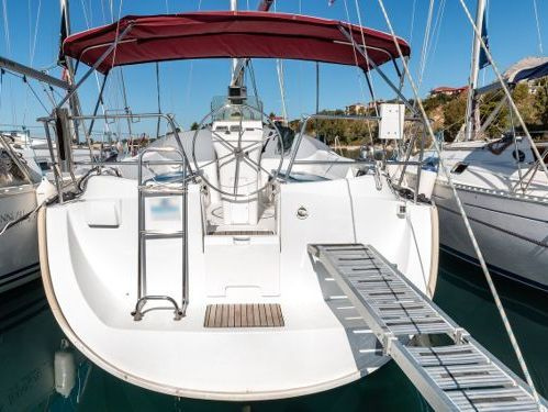 Barca a vela Beneteau Oceanis Clipper 331 · 2001