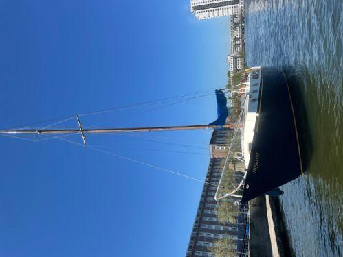 Sailboat Custom Built · 1963