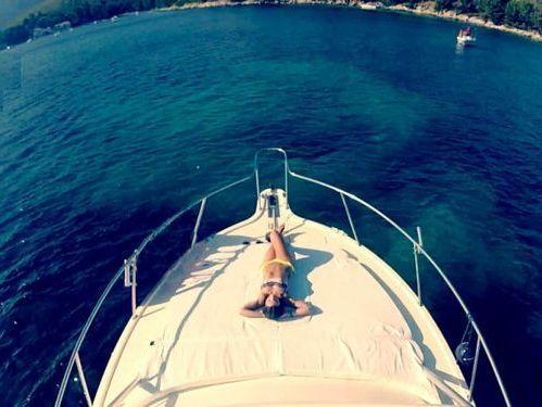 Motorboat Pursuit Offshore 3000 · 2004