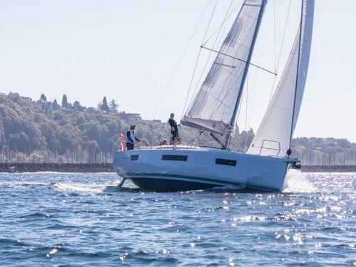 Sailboat Jeanneau Sun Odyssey 440 · 2022