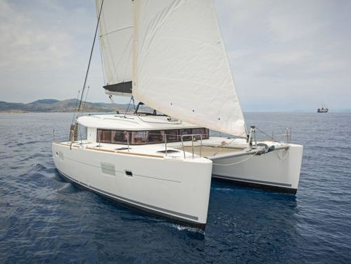 Catamaran Lagoon 400 S2 · 2018