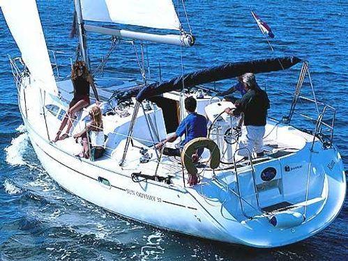 Barca a vela Jeanneau Sun Odyssey 37 · 2004