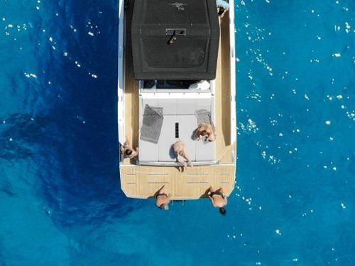 Motorboat De Antonio D42 Open · 2021