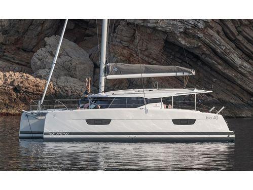 Catamaran Fountaine Pajot 40 · 2022