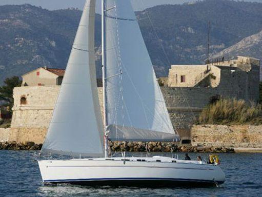 Sailboat Beneteau Cyclades 43.3 · 2005 (0)