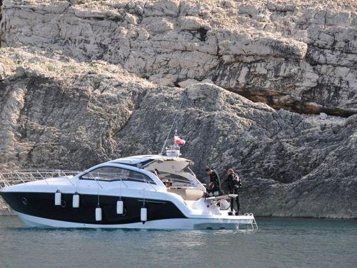 Imbarcazione a motore Sessa C 38 (2013) (2)