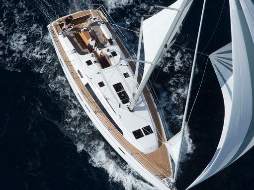 Sailboat Bavaria 46 · 2007 (2)