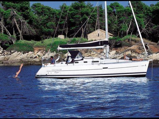 Sailboat Beneteau Oceanis 323 DL · 2006 (1)