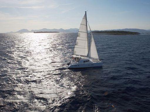 Catamarán Lagoon 380 S2 · 2015 (1)