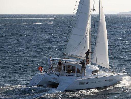 Catamaran Lagoon 380 · 2011 (4)