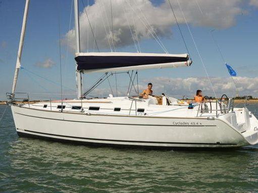 Sailboat Beneteau Cyclades 43.4 · 2007 (1)