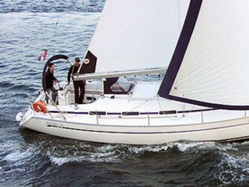 Sailboat Bavaria 36 · 2004 (1)