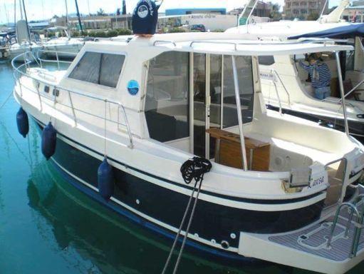 Barco a motor Sas Vektor Adria 1002 · 2011 (2)