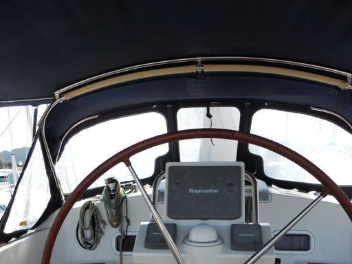 Velero Beneteau Oceanis 37 · 2010 (1)
