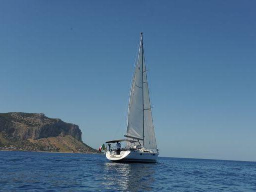 Sailboat Jeanneau Sun Odyssey 49 i · 2009 (4)