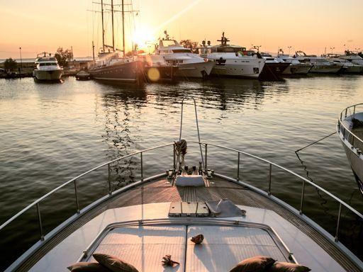 Motorboat Ferretti 58 · 1991 (4)