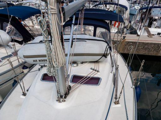 Sailboat Bavaria Cruiser 33 · 2007 (1)
