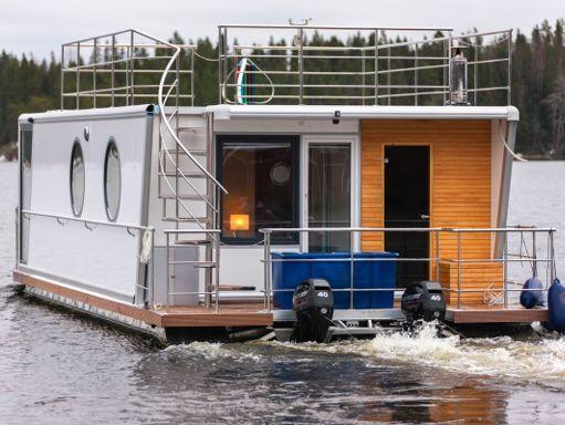 Imbarcazione a motore Bellamer DeLuxe (2014) (1)
