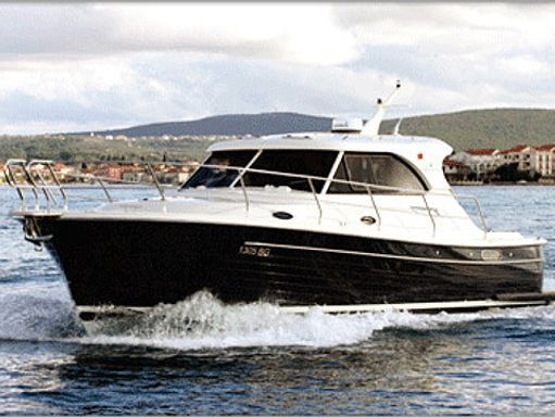 Motorboat Adriana 36 · 2011 (0)