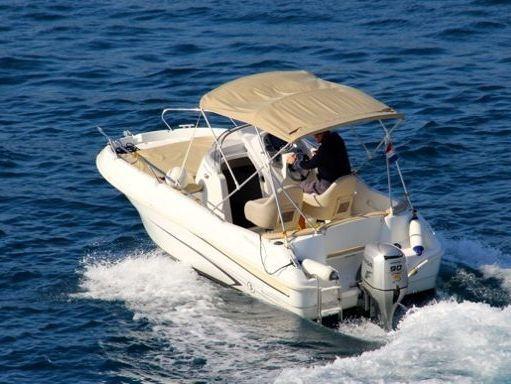 Speedboat Beneteau Flyer 550 Sun Deck · 2008 (2)