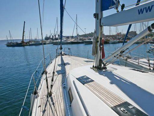 Sailboat Bavaria Cruiser 55 · 2010 (4)