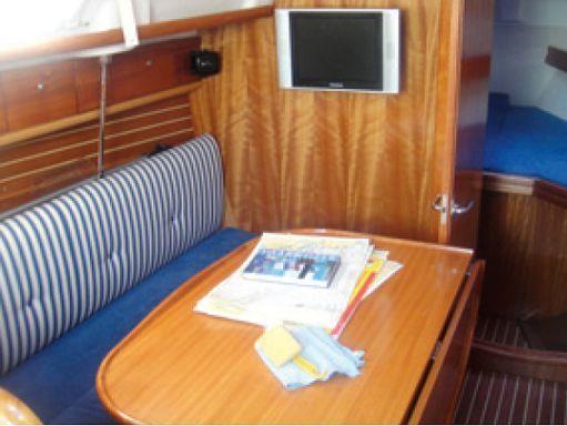 Velero Bavaria Cruiser 30 (2005) (2)