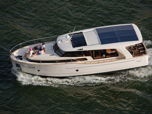 Barco a motor Greenline 40 · 2012 (reacondicionamiento 2020) (1)