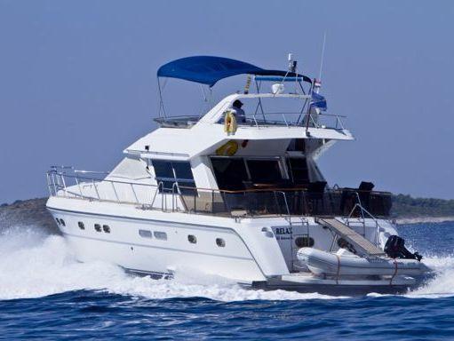 Barco a motor Yaretti 1910 · 1991 (reacondicionamiento 2015) (1)
