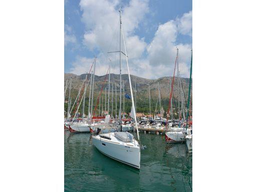 Sailboat Jeanneau Sun Odyssey 349 · 2021 (1)