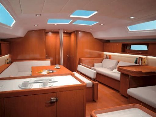 Sailboat Beneteau Oceanis 54 · 2012 (1)
