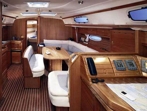 Sailboat Bavaria Cruiser 42 · 2007 (1)