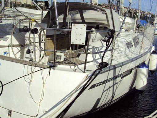 Sailboat Bavaria Cruiser 33 · 2013 (0)