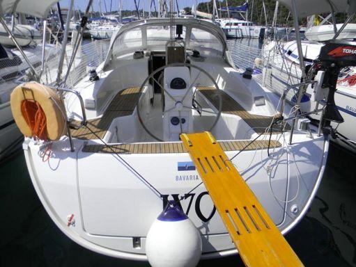 Sailboat Bavaria Cruiser 33 · 2013 (1)
