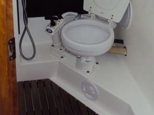 Sailboat Bavaria Cruiser 33 · 2013 (4)